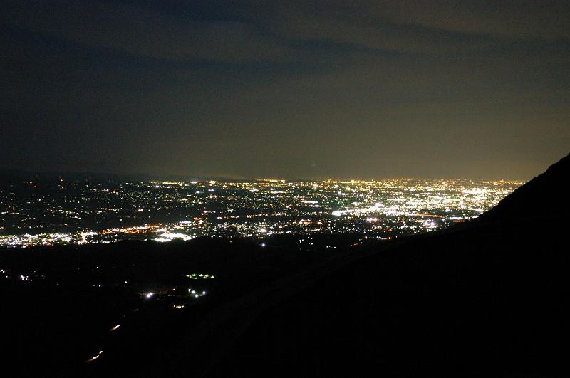 『上ノ山公園紅葉ライトアップ』と『ロープウェイ夜間運行』11/1~11/10