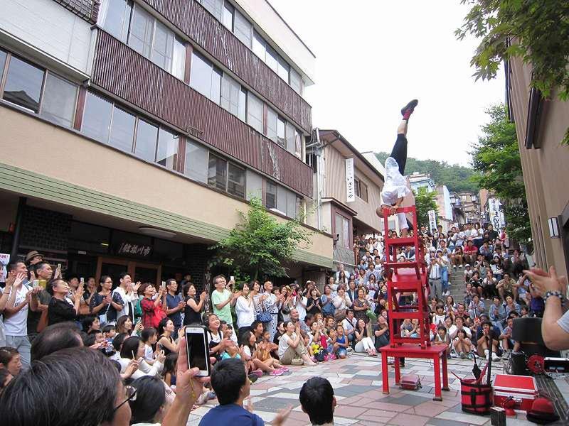 『石段街で大道芸!』 今年も開催!8月9日~24日